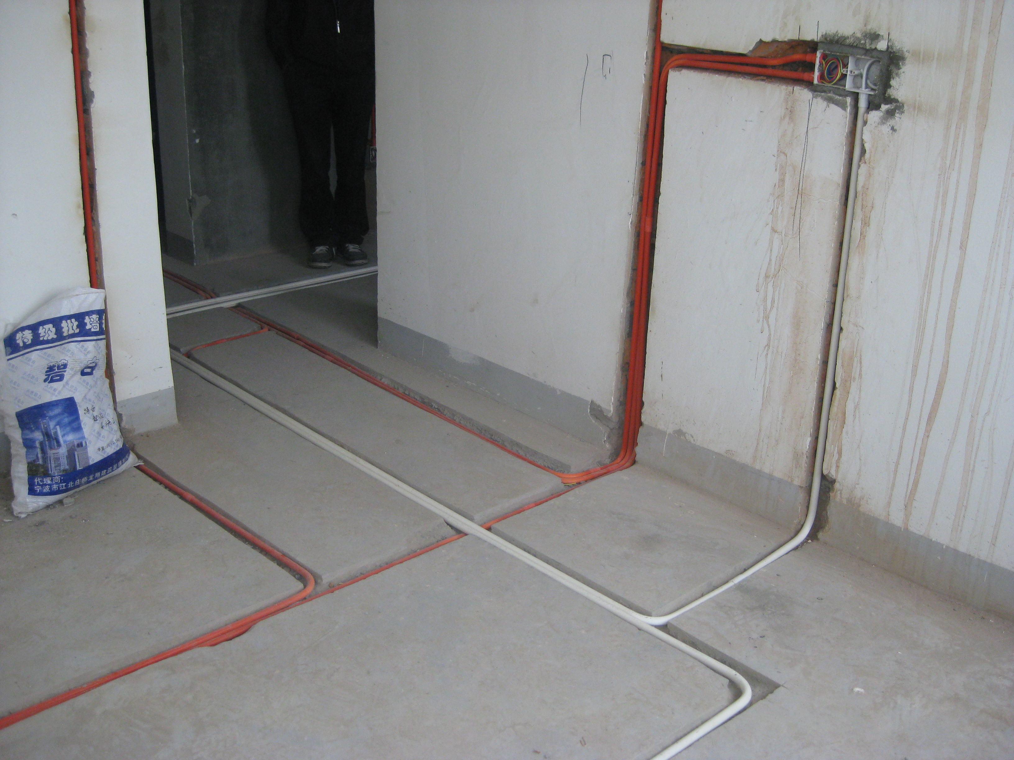 華潤置地(蘇州)房地產有限公司施工現場-水電安裝